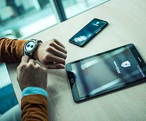 Samsung Knox bietet ein umfangreiches Portfolio an Softwarelösungen für das Mobile Device Management. (Bild: Samsung)