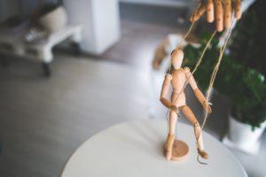 Social Hacking: wenn Mitarbeiter zu Marionetten werden