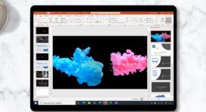 Zu sehen ist ein Tablet, auf dem PowerPoint aufgerufen ist. Nach dem Office-2010-Support-Ende ist Microsoft 365 die beste Alternative. Bild: Microsoft
