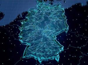 Zu sehen ist eine Grafik der Deutschlandkarte mit stilisierter Vernetzung. Sie ist das Titelbild des BSI-Lagebericht 2020. Bild: BSI